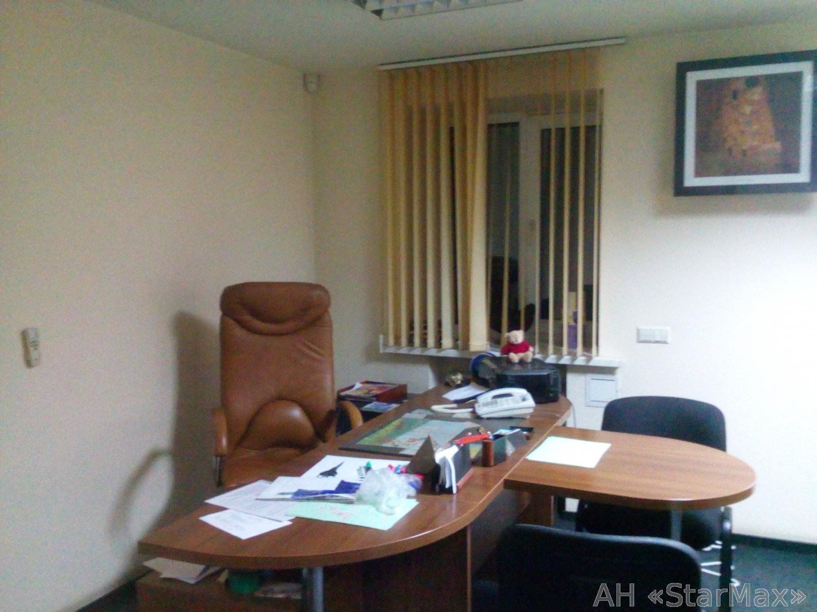 Продам офис в многоквартирном доме Киев, Житкова Бориса ул. 3