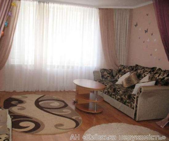 Продам квартиру Киев, Нежинская ул.