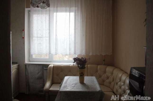 Продам квартиру Киев, Полесская ул. 2