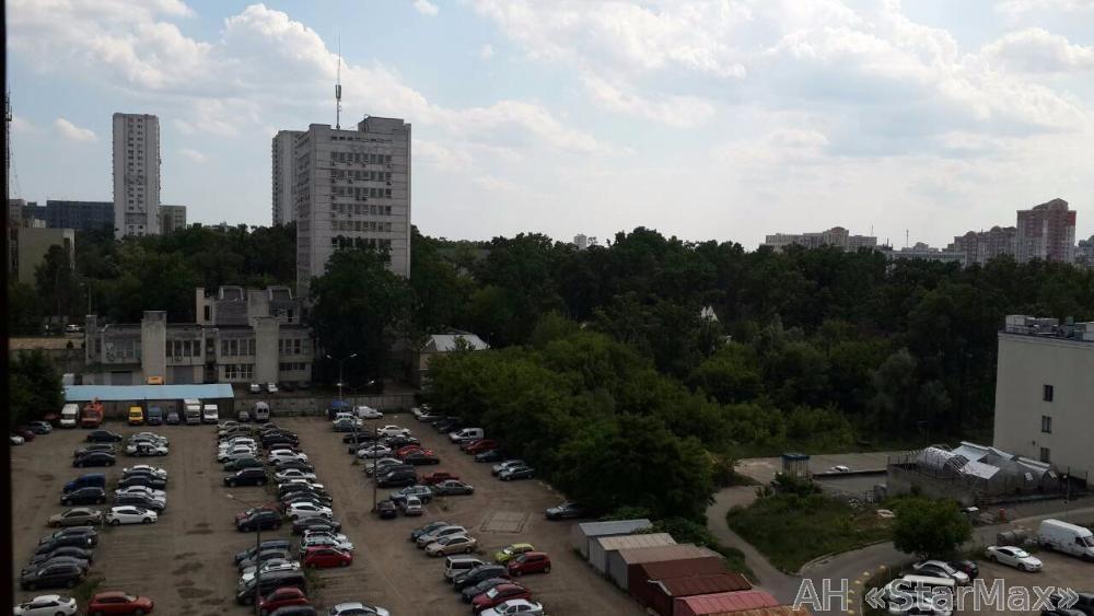 Продам квартиру Киев, Стуса Василия ул. 5