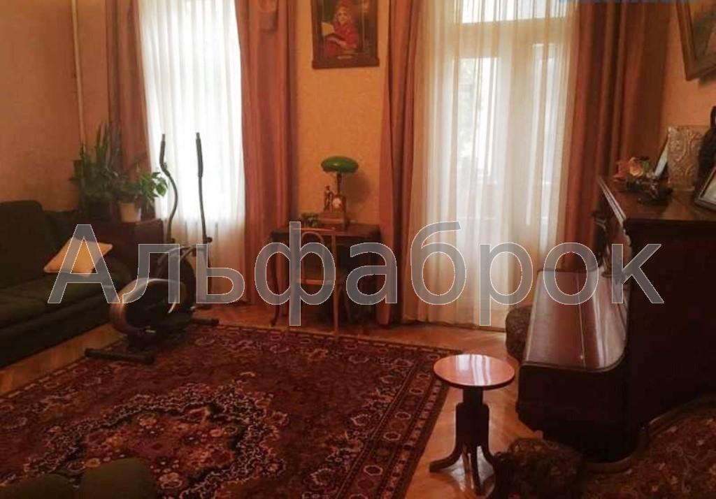 Продам квартиру Киев, Коцюбинского Михаила ул. 3