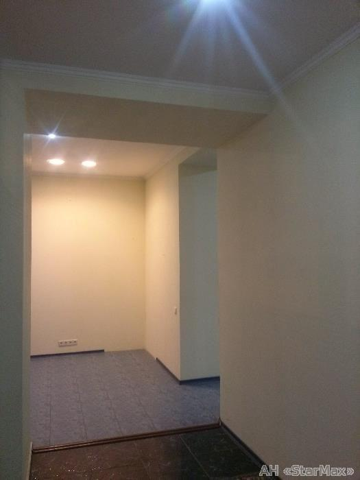 Продам офисное помещение Киев, Ризницкого ул. 5