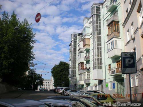 Продам квартиру Киев, Лютеранская ул. 4
