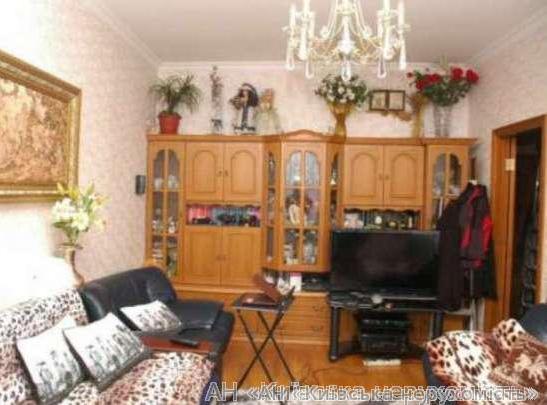 Продам квартиру Киев, Киквидзе ул. 3