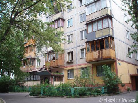 Продам квартиру Киев, Васильченко ул. 3