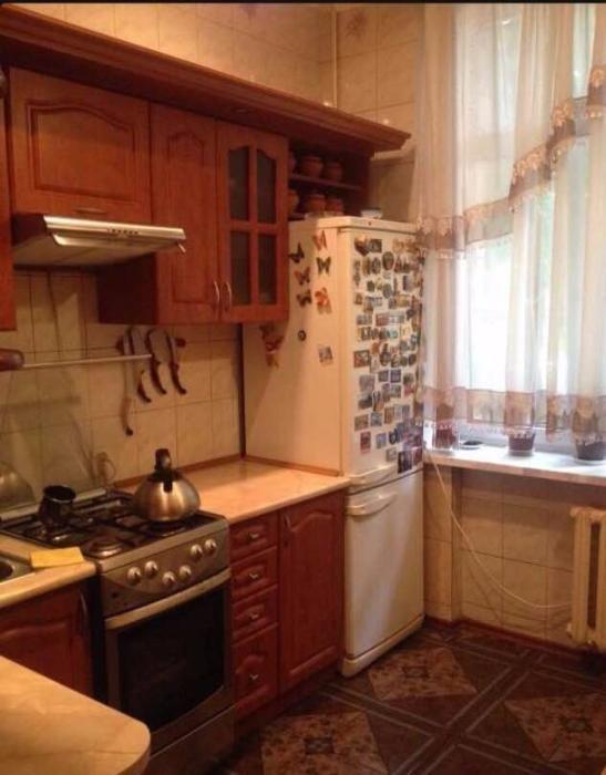 Продам квартиру Киев, Новополевая ул. 3