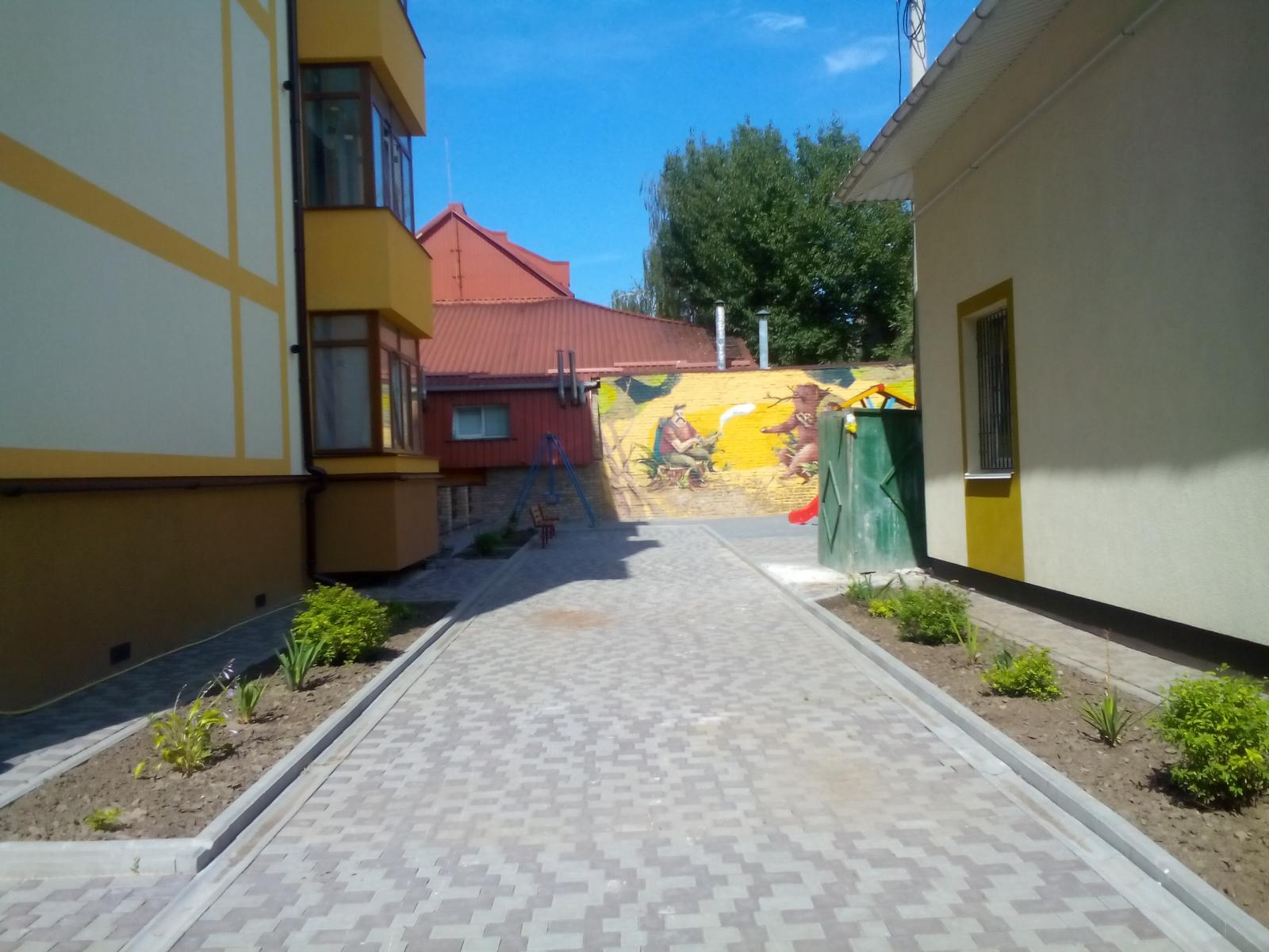 Фото 2 - Продам квартиру Ровно, Короткая ул.