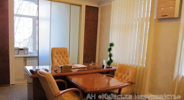 Сдам офис в многоквартирном доме Киев, Кловский спуск