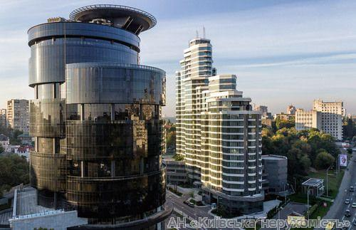 Фото - Продам квартиру Киев, Струтинского Сергея ул.
