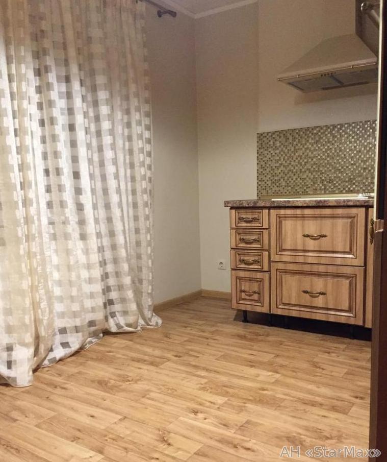 Продам квартиру Киев, Матыкина Генерала ул. 2