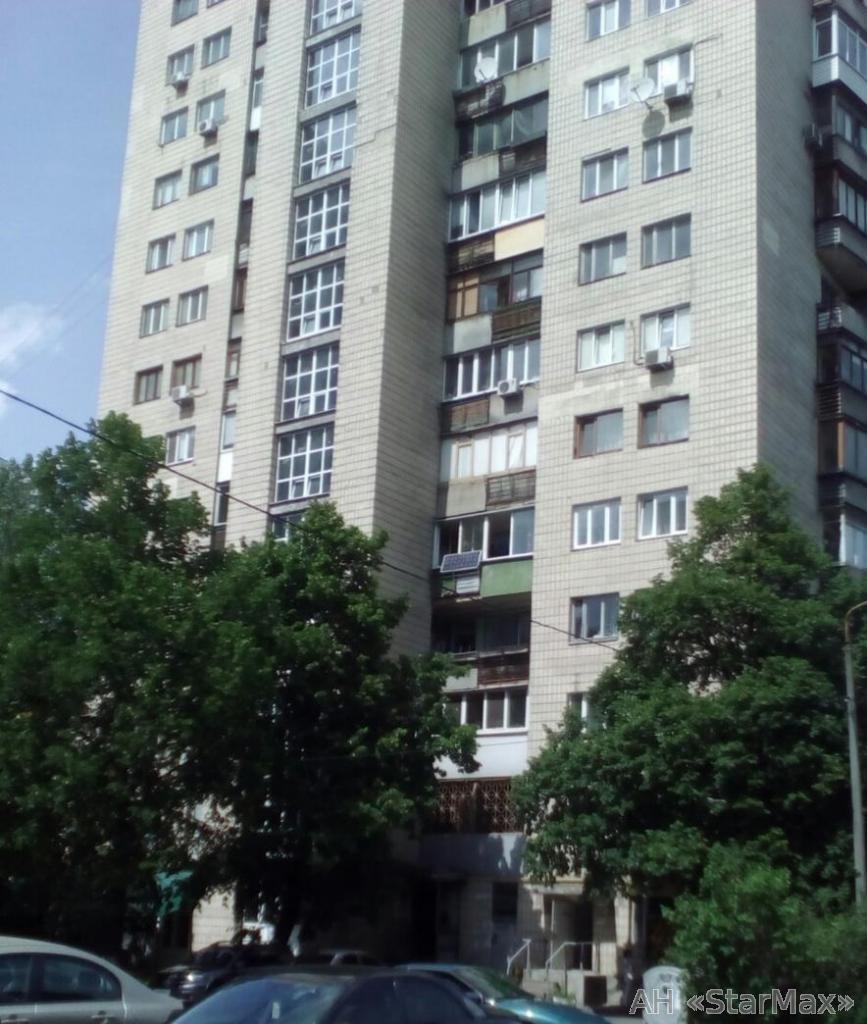 Продам квартиру Киев, Соломенская ул. 2