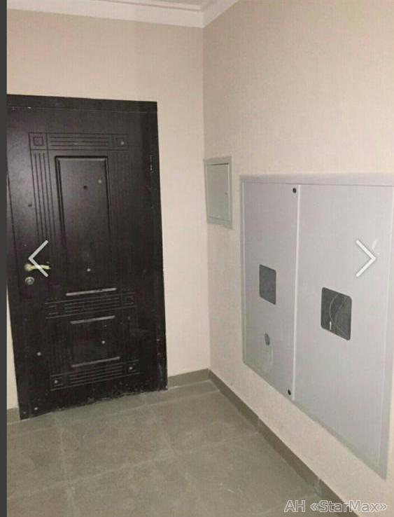 Продам квартиру Киев, Новоукраинская ул. 2