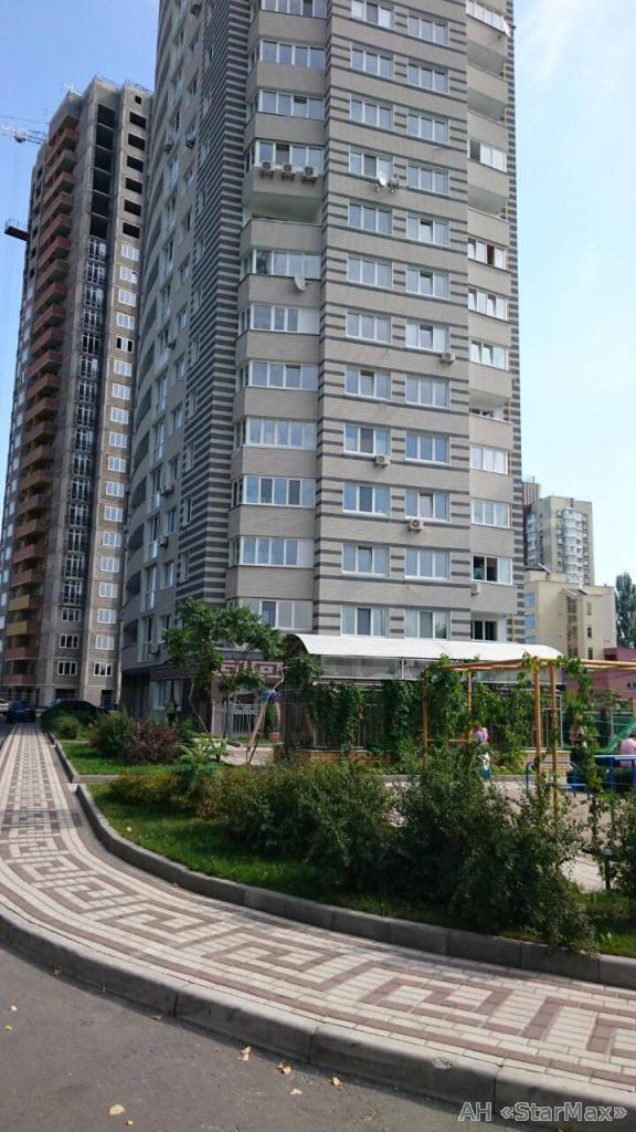 Продам квартиру Киев, Панельная ул. 5