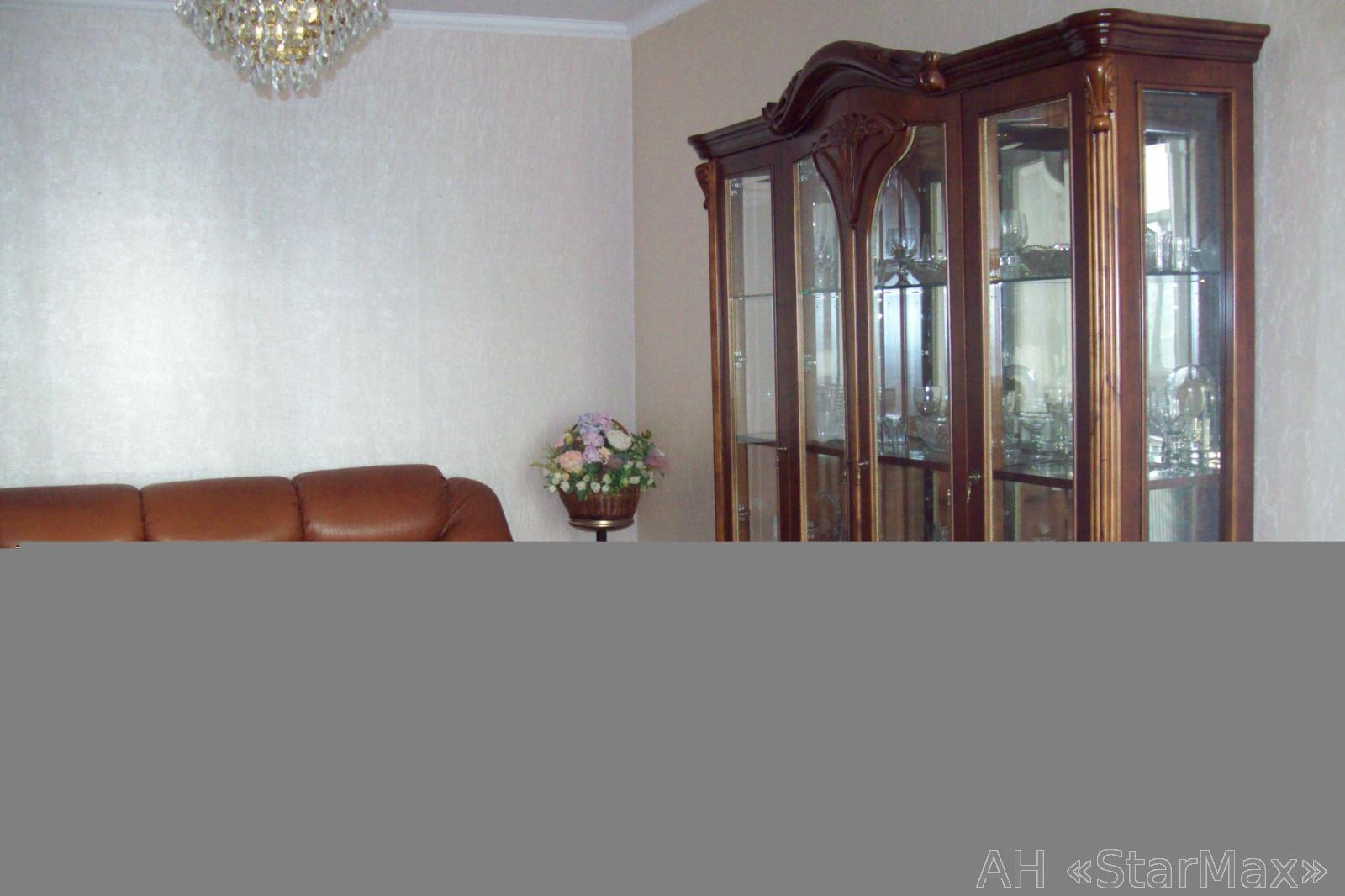 Продам квартиру Киев, Высоцкого Владимира бул. 4