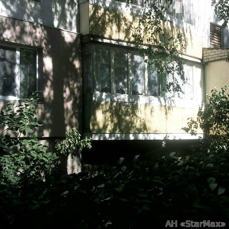 Продам квартиру Киев, Наумова Генерала ул. 2