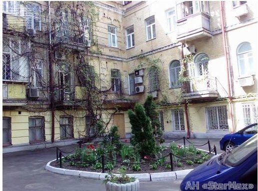 Продам офисное помещение Киев, Прорезная ул., Шевченковский район 3