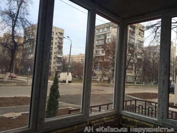 Продам квартиру Киев, Попова ул. 3