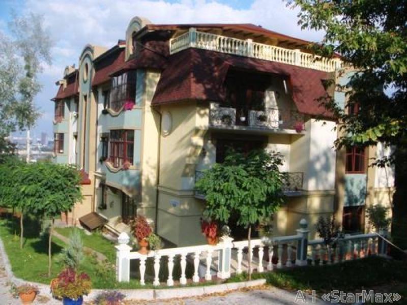 Продам квартиру Киев, Нагорная ул. 2