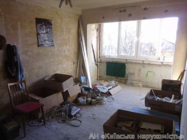 Продам квартиру Киев, Метрологическая ул. 3