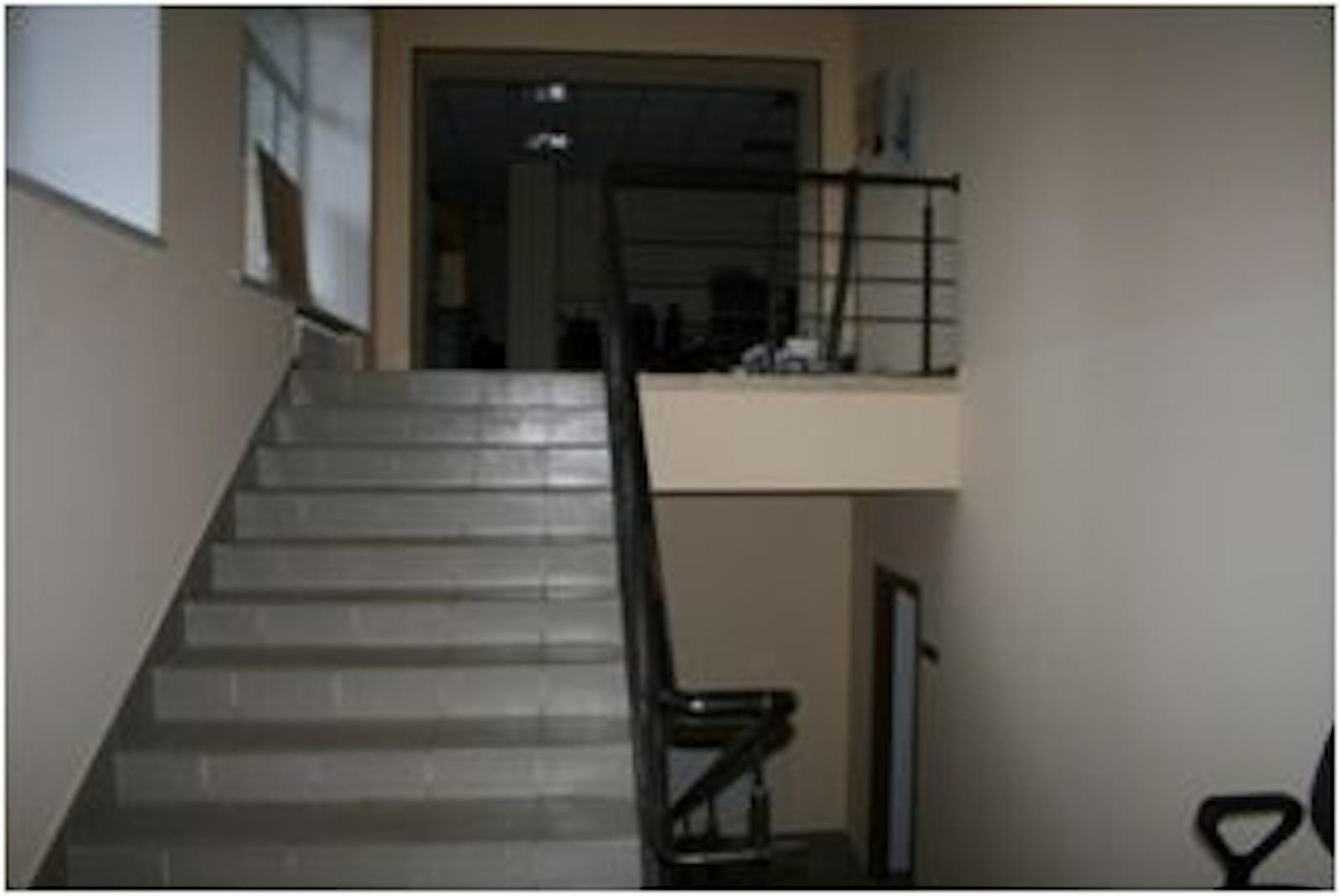 Продам офис в офисном центре Киев, Верховинная ул. 2