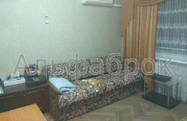 Продам квартиру Киев, Перова бул.