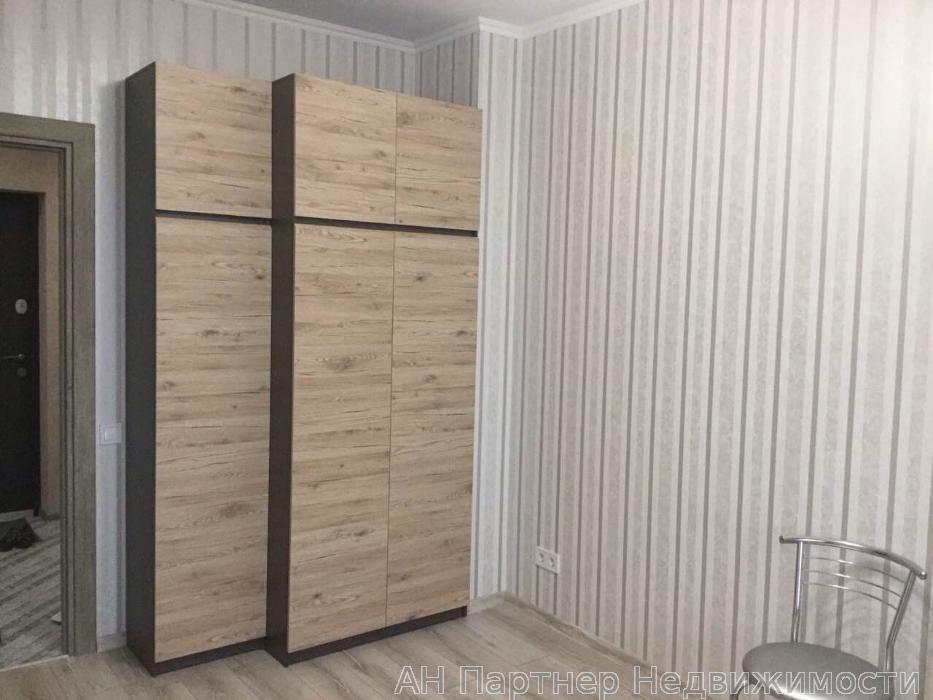 Сдам квартиру Киев, Лебедева-Кумача ул.