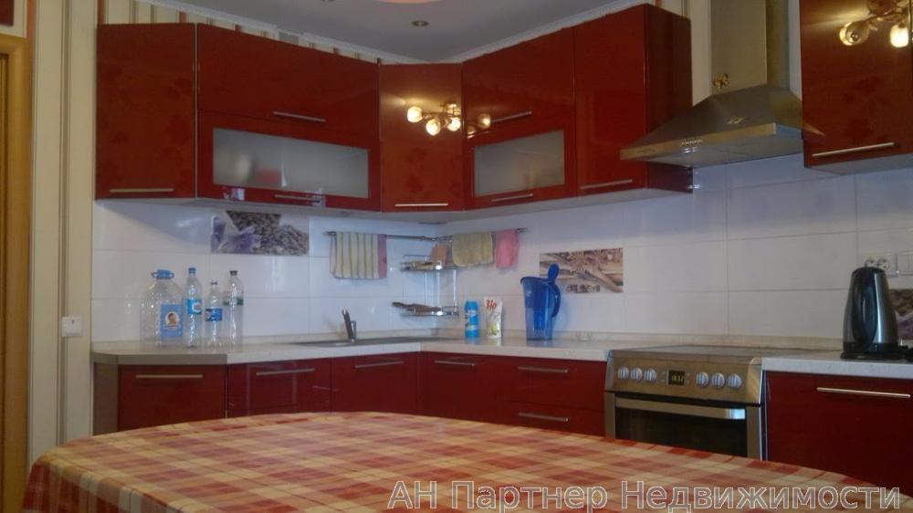 Продам квартиру Киев 4