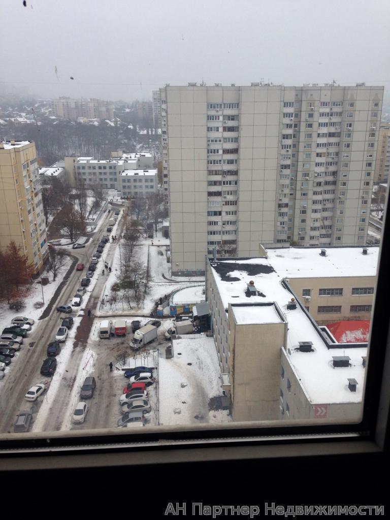 Фото 4 - Продам квартиру Киев, Эрнста Федора ул.