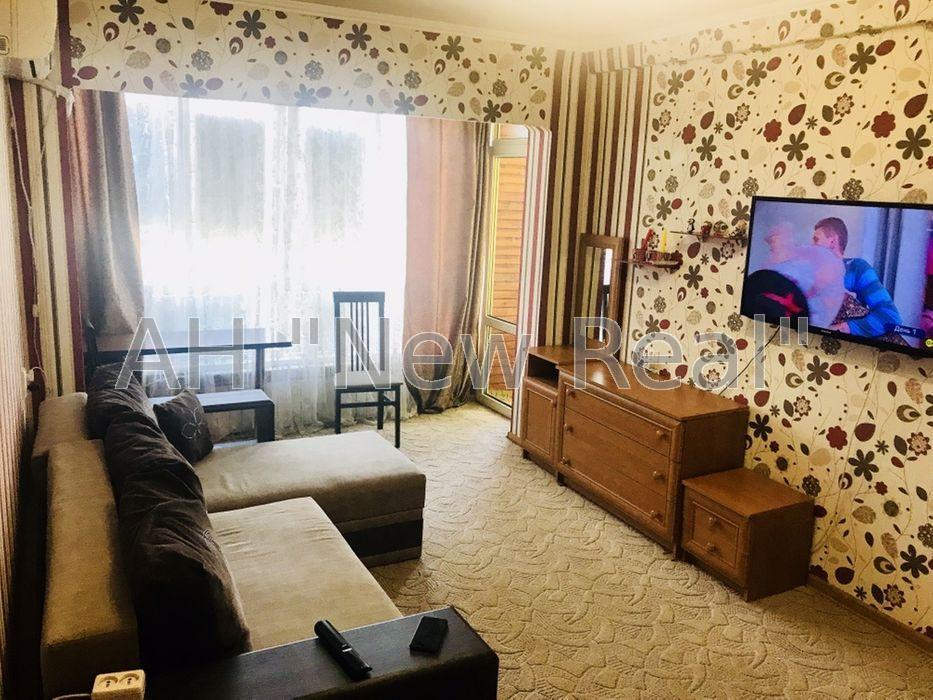 Продается отличная 1 комнатная квартира в Оболонском районе