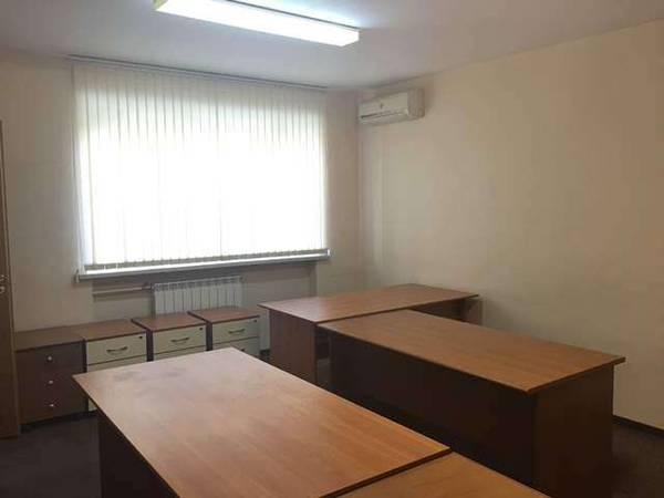 Продам офис в многоквартирном доме Киев, Сечевых Стрельцов ул. 5