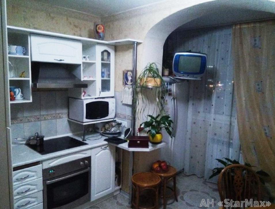 Продам квартиру Киев, Гетьмана Вадима ул. 3