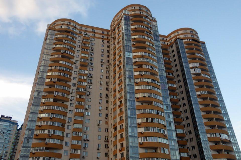 Продам апартаменты Киев, Шумского Юрия ул. 2