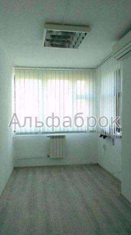 Продам офис в многоквартирном доме Киев, Кирилловская ул.