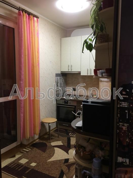 Продам квартиру Киев, Пожарского ул.