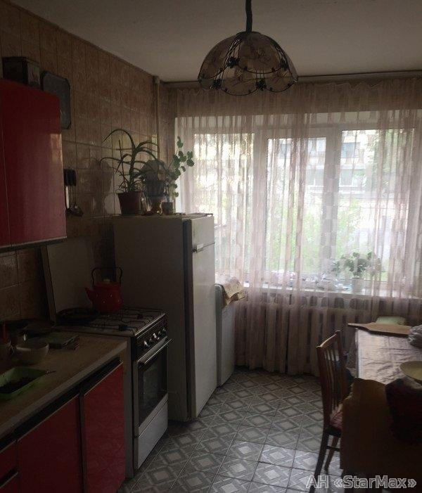 Продам квартиру Киев, Ризницкого ул. 4