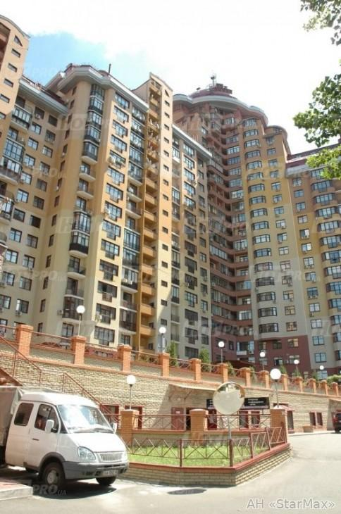 Сдам офисное помещение Киев, Евгения Коновальца ул.