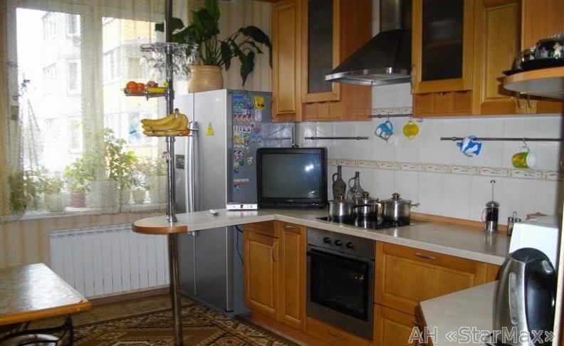 Продам квартиру Киев, Здолбуновская ул.