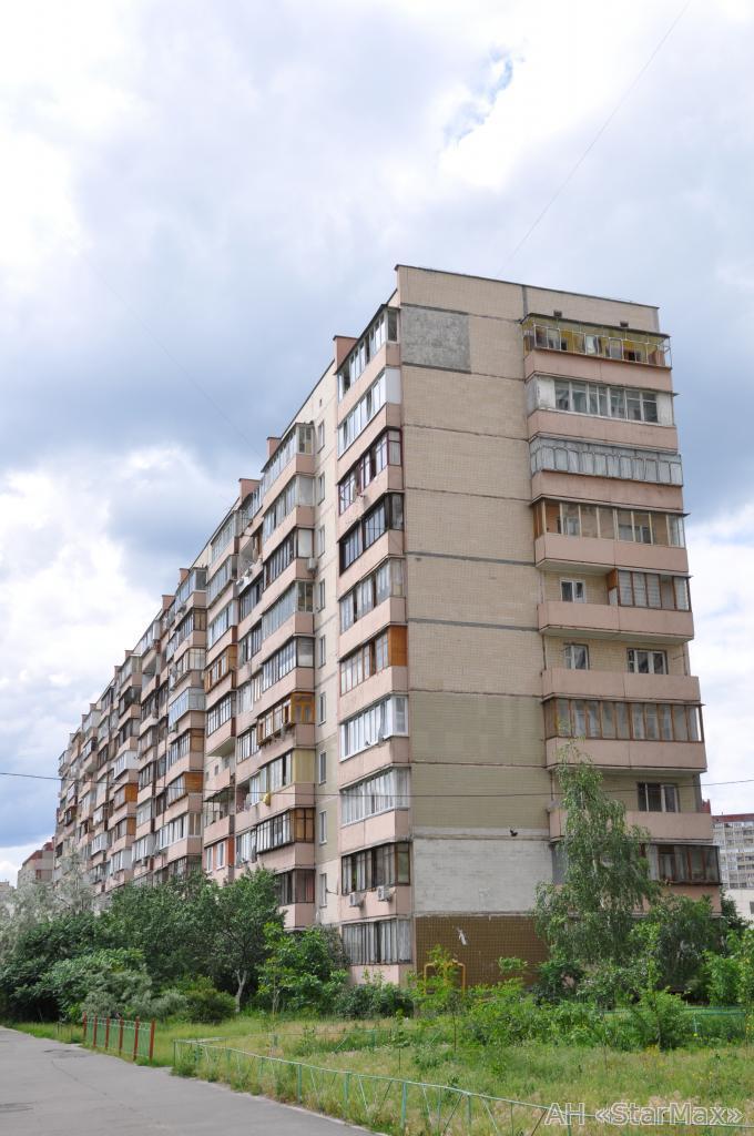 Фото - Продам квартиру Киев, Маяковского Владимира пр-т