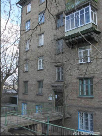 Фото 4 - Продам квартиру Киев, Кирилловская ул.