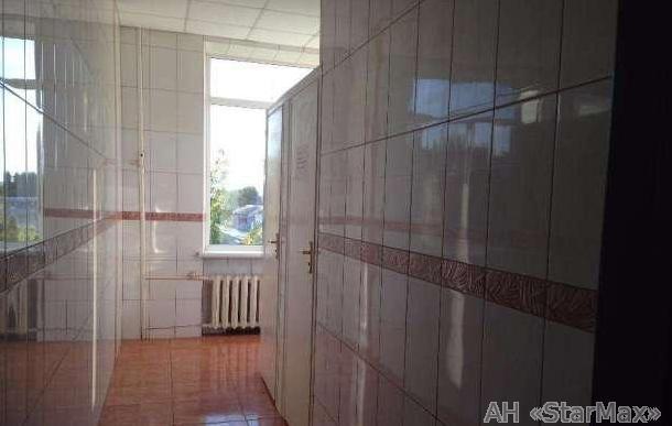 Продам офисное помещение Киев, Евгения Коновальца ул. 5