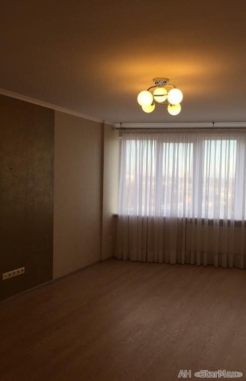 Продам квартиру Киев, Баумана ул. 2