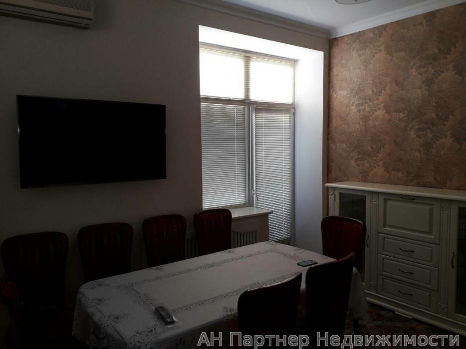 Сдам квартиру Киев, Круглоуниверситетская ул.