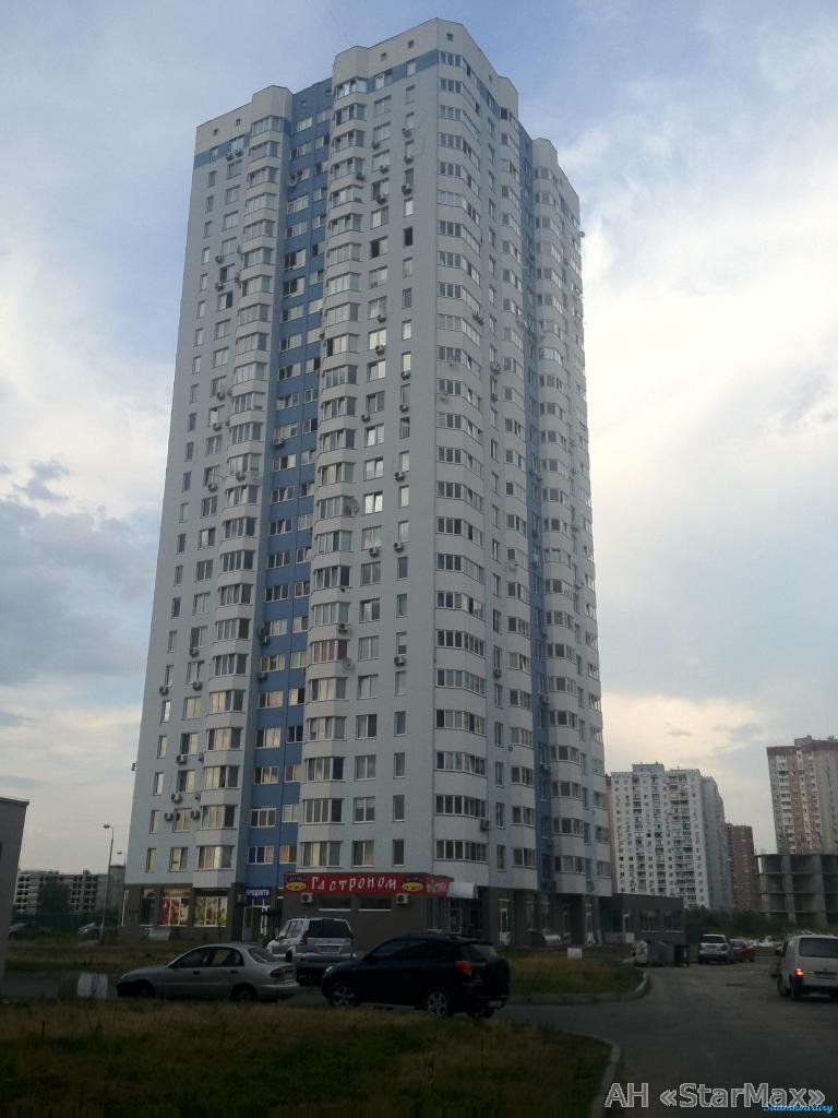 Продам квартиру Киев, Елены Пчилки ул.