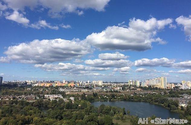 Продам квартиру Киев, Здолбуновская ул. 5