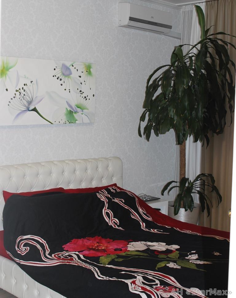 Продам квартиру Киев, Шепелева Николая ул. 4