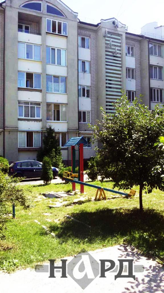 Продам квартиру Ровно, Костромська вул. 2