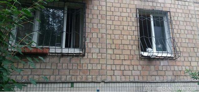 Фото 2 - Продам квартиру Киев, Ереванская ул.