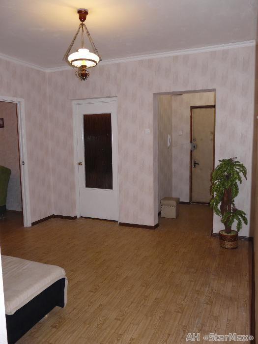 Фото 2 - Продам квартиру Киев, Лаврухина Николая ул.