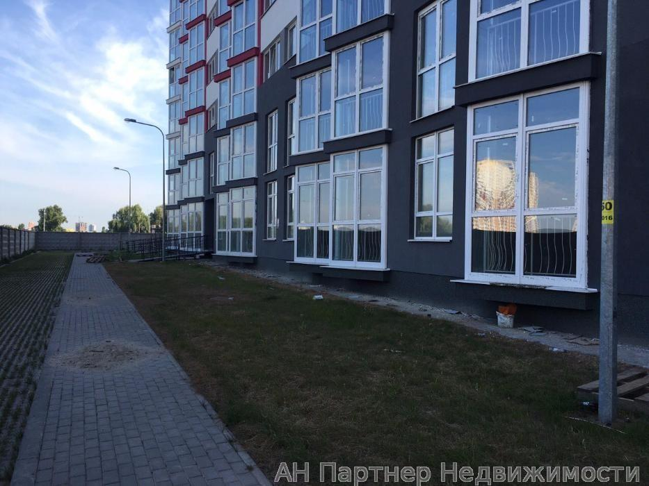 Продам объект сервиса Киев, Драгоманова ул.