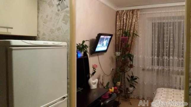 Продам гостинку Киев, Выборгская ул.